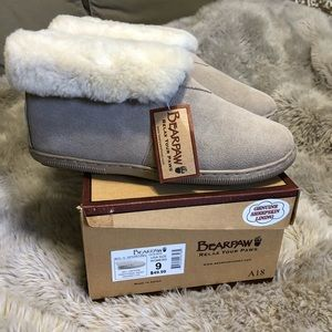 [Bear Paw] NWT slippers